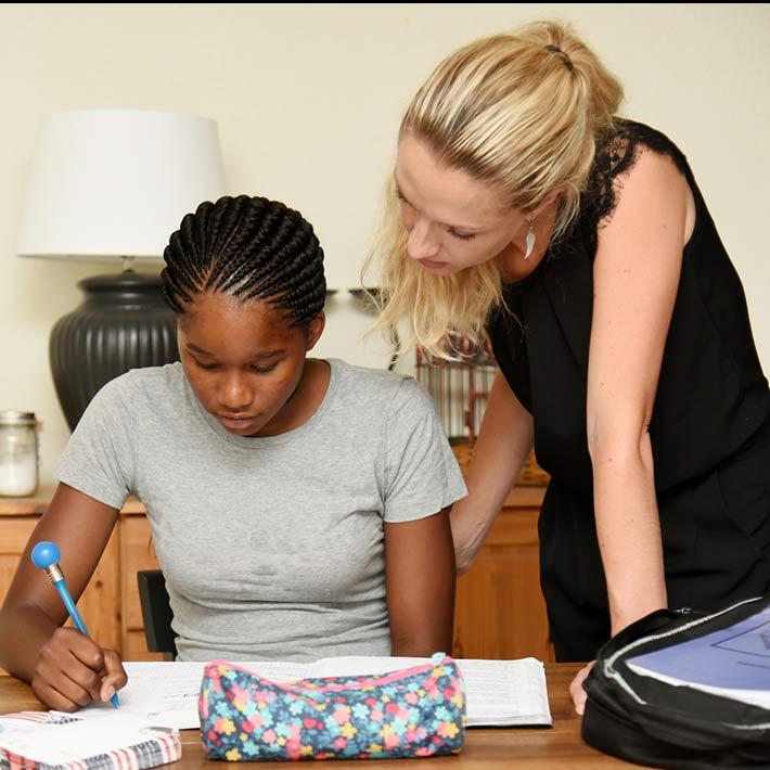 Comment aider un adolescent en échec scolaire à l'approche des examens ?