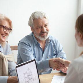 Senior : comment aménager sa maison pour rester le plus longtemps chez soi ?