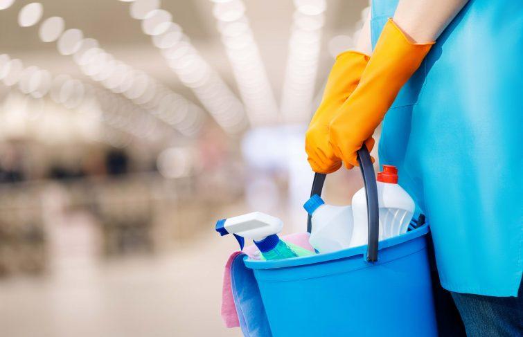 Coronavirus : comment nettoyer et désinfecter son domicile ?