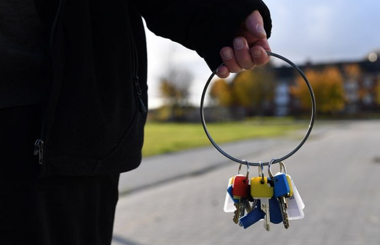 Services à la personne : comment entretenir sa résidence durant son absence ?
