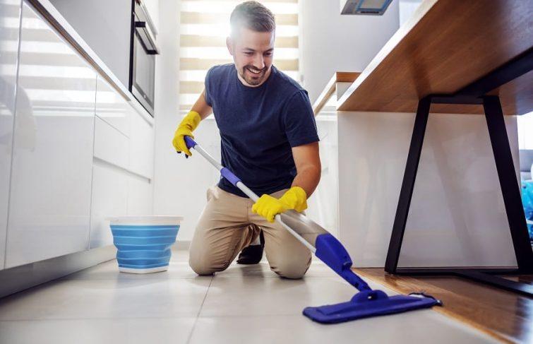 Méthode : dans quel ordre faire le ménage ?